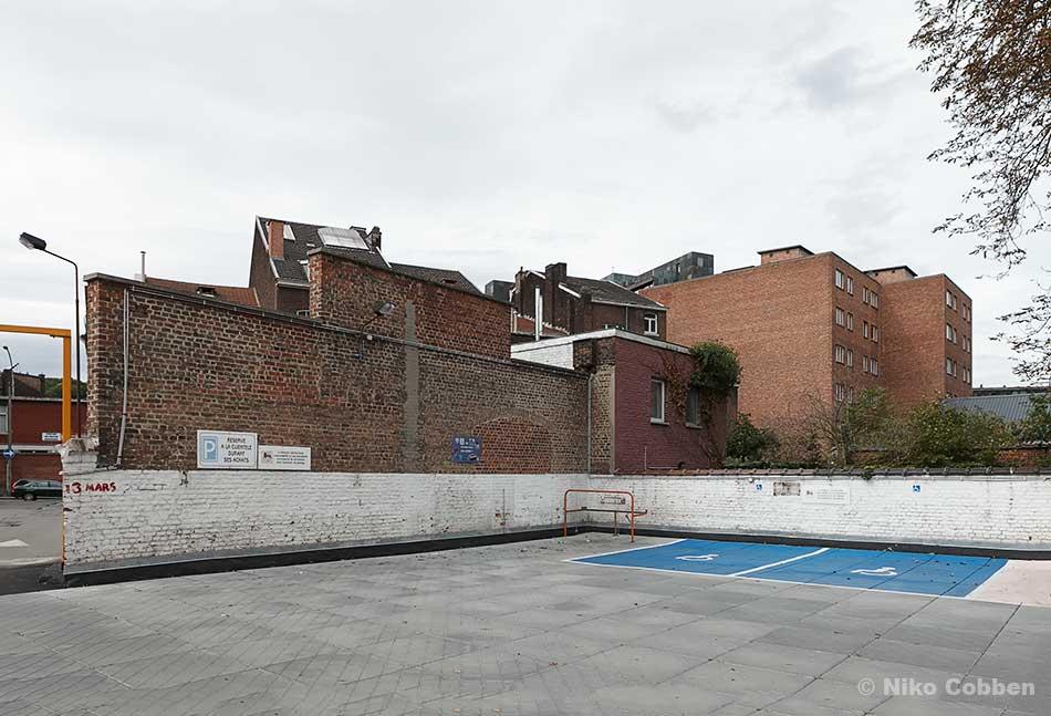 Delhaize parking lot