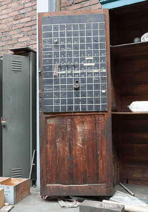 An open door showing ordered numbers