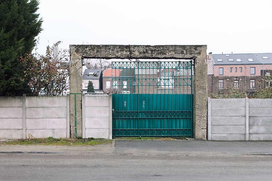 A gate in a gate